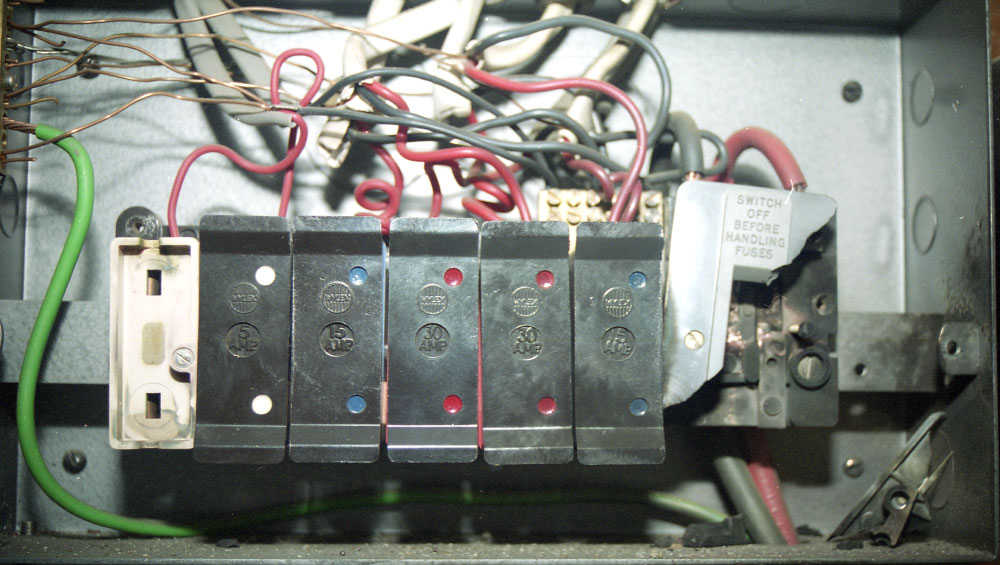 Damage to the mains fuse box