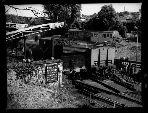 loading coal on swanage railway